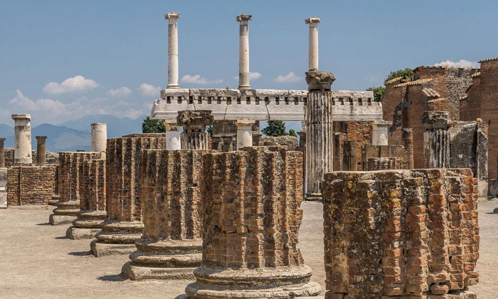 campania felix event planet group incentive travel rovine di pompei colonne doriche