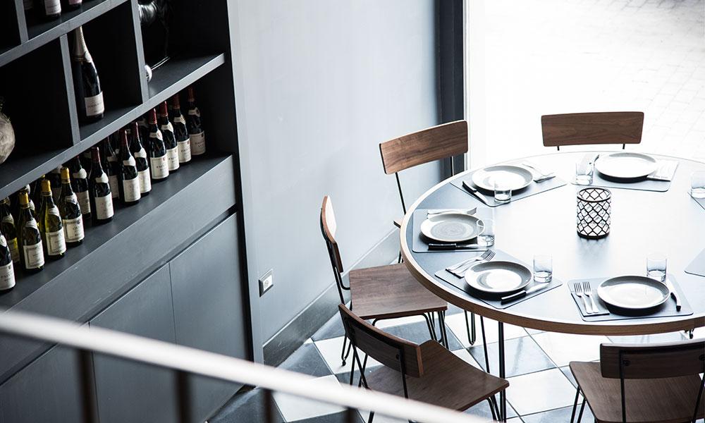fresco caracciolo inaugurazione event planet food & wine dettaglio tavolo e arredamento