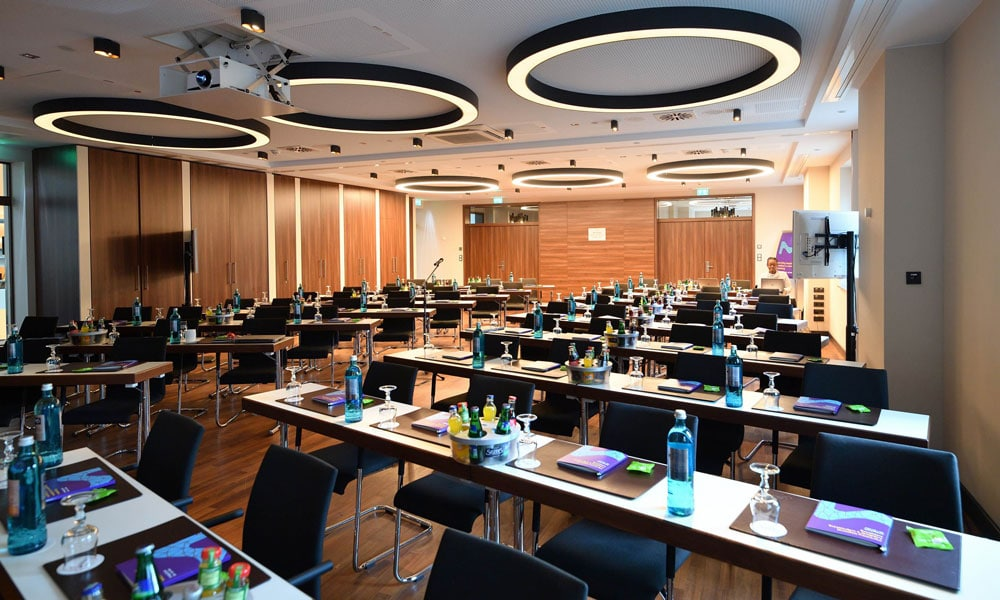 medical marketing meeting francoforte event planet group lavori allestimento sala
