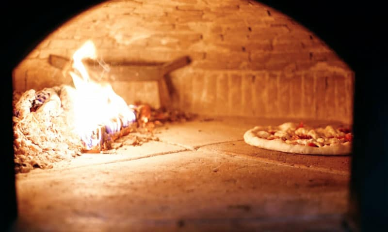 pizzaunesco contest event planet group food & wine interno forno pizza