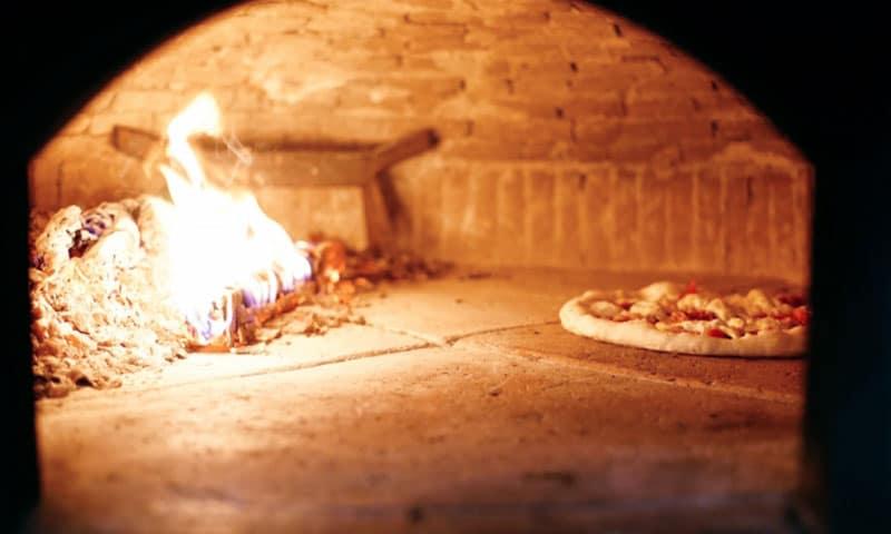 pizzaunesco contest event planet group food & wine interno forno pizza